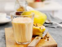 Tropical Fruit and Oat Milkshake recipe