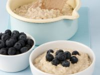 Oatmeal with Berries recipe