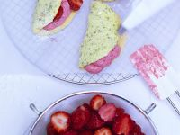 Omelette-Shaped Cookies with Strawberry Cream