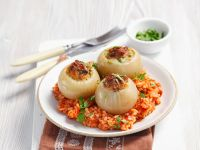 Onions Filled with Ground Meat recipe
