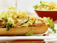 Open-Faced Grilled Turkey Sandwiches and Curry Sauce recipe