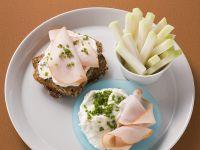 Open-Faced Whole Wheat Sandwich with Turkey and Horseradish Quark recipe