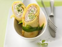 Pancake Rolls with Chinese Cabbage recipe