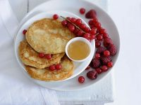 Pancakes with Bananas and Berries recipe