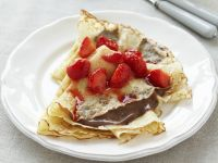 Pancakes with Strawberries and Chocolate recipe