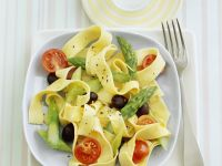 Pappardelle Salad with Green Asparagus, Tomatoes, and Olives recipe
