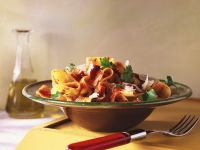 Pappardelle with Spicy Sun-Dried Tomato Sauce recipe