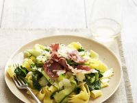Pappardelle with Spinach, Zucchini and Pancetta recipe