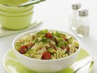 Pasta Salad with Chicken, Bacon and Avocado recipe