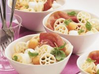 Pasta Salad with Ham, Melon and Mozzarella recipe