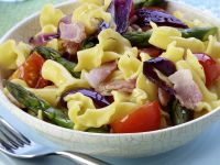 Pasta Salad with Tomatoes, Bacon and Asparagus recipe