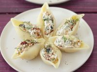 Pasta Shells Stuffed with Sun-dried Tomatoes, Olives and Cheese recipe
