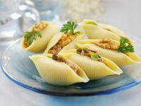 Pasta Shells Stuffed with Tuna recipe