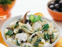 Pasta Shells with Kale recipe