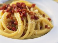 Pasta with Bacon and Eggs recipe