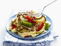 Pasta with Beef and Bell Peppers recipe