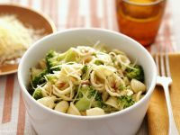 Pasta with Broccoli, Cheese and Pine Nuts