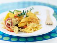 Pasta with Chicken, Artichokes and Peppers recipe