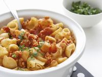 Pasta with Chicken Bolognese recipe