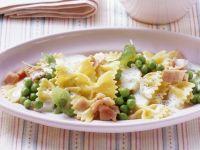 Pasta with Creamy Ham and Pea Sauce recipe
