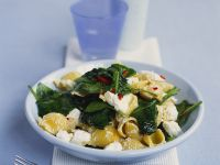 Pasta with Feta and Spinach recipe