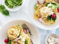 Pasta with Feta Cheese and Spinach recipe