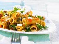 Pasta with Goat Cheese and Arugula recipe