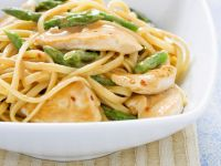 Pasta with Green Asparagus and Sesame Chicken recipe