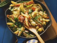 Pasta with Ham and Zucchini recipe