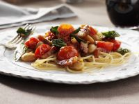 Pasta with Pancetta, Spinach and Cherry Tomatoes recipe
