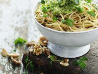 Pasta with Parsley-Walnut Pesto recipe