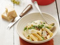 Pasta with Peas, Bacon and Parmesan recipe
