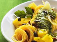 Pasta with Pesto and Pumpkin