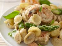 Pasta with Prawns and Asparagus