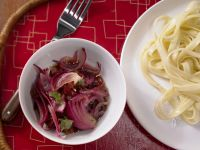 Pasta with Red Onion Sauce recipe