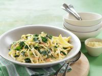 Pasta with Salmon and Kale recipe