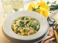 Pasta with Salmon, Vegetables and Cream Sauce recipe