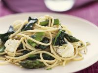 Pasta with Spinach and Goat Cheese recipe