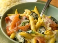 Pasta with Spinach and Salmon recipe
