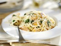 Pasta with Spinach and Smoked Salmon recipe