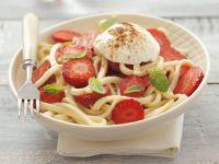 Pasta with Strawberries and Cream Cheese recipe