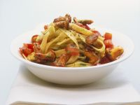 Pasta with Tomatoes and Chanterelles recipe