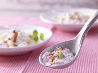 Pasta with Yogurt-Vegetable Garlic Sauce recipe