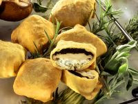 Pastry Parcels Stuffed with Mushrooms recipe