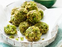 Pea and Pistachio Pakoras recipe