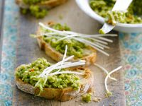 Pea Puree on Ciabatta Bread recipe