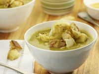 Pea Soup with Ham and Croutons recipe