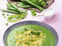 Pea Soup with Ravioli recipe