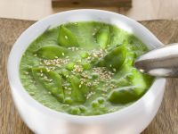 Pea Soup with Snow Peas recipe
