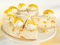 Peach Cake with White Wine Cream recipe